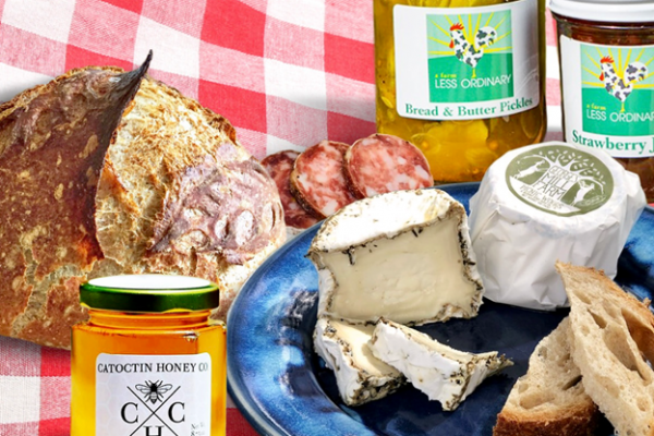 Celebrate National Picnic Month in Loudoun County!